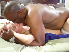 White hotwife's pussy is a black cock's heaven